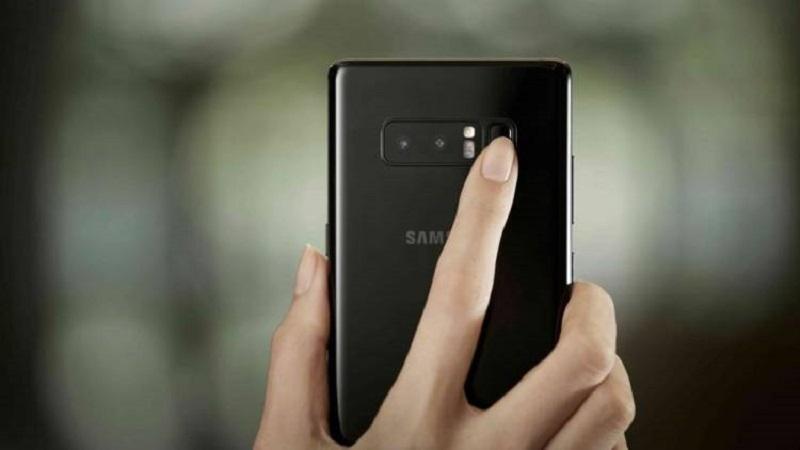 Сканирование отпечатка Samsung Galaxy Note 9